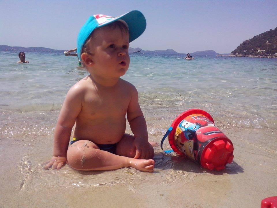 które plaże na majorce są najlepsze dla dzieci