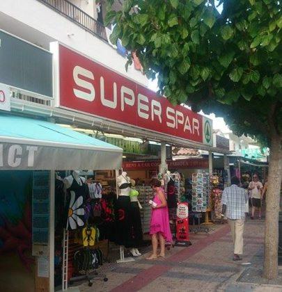 Kilka słów o sklepach na Majorce