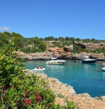 Cala Sa Nau, malowniczy zakątek na południowym wschodzie Majorki